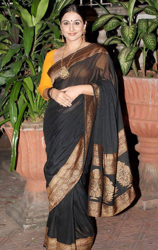 a7b69cbd1c93ab Vidya Balan in black Saree at Jehangir Art Gallery | Vidya Balan ...