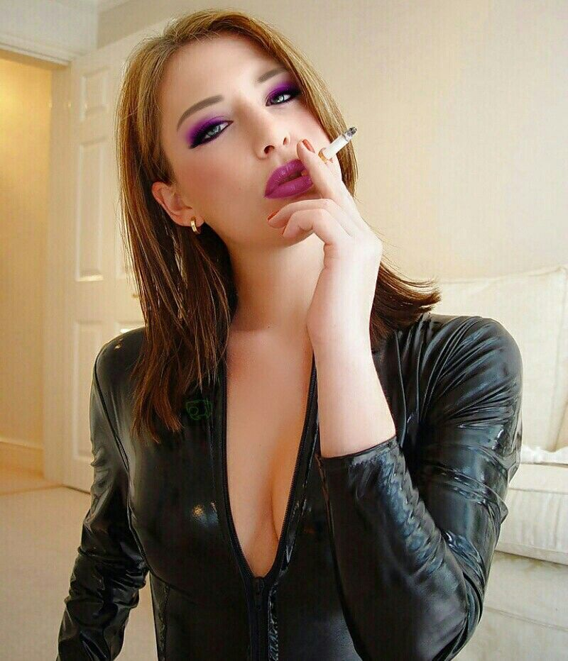 sexy women smoking fetish