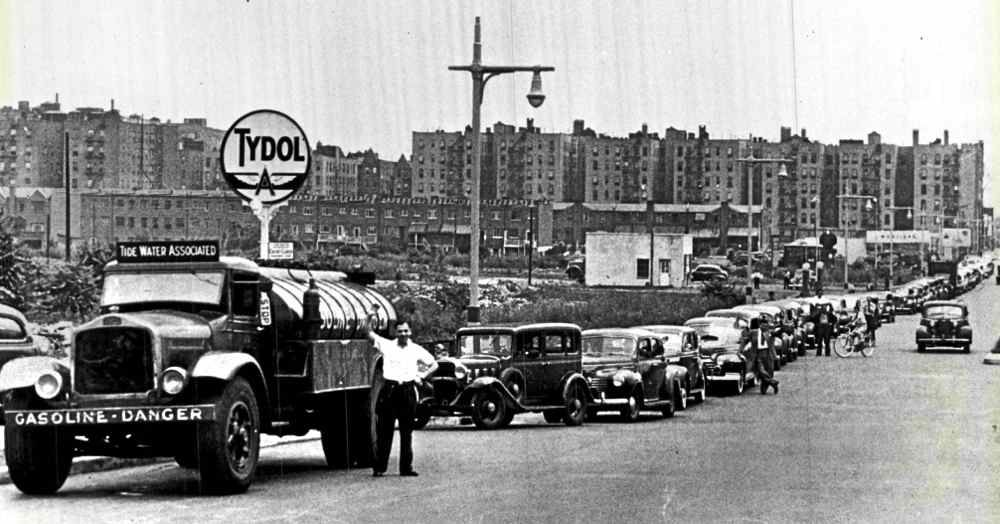 The NYC Streets….During WWII Gasoline Shortage
