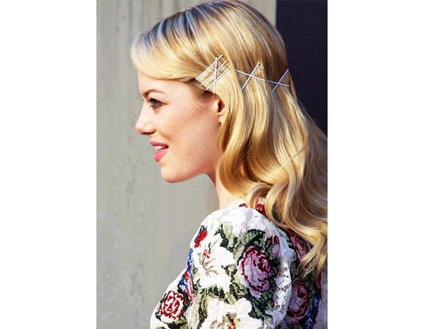 Like the idea of using bobby pins as a hair accessory