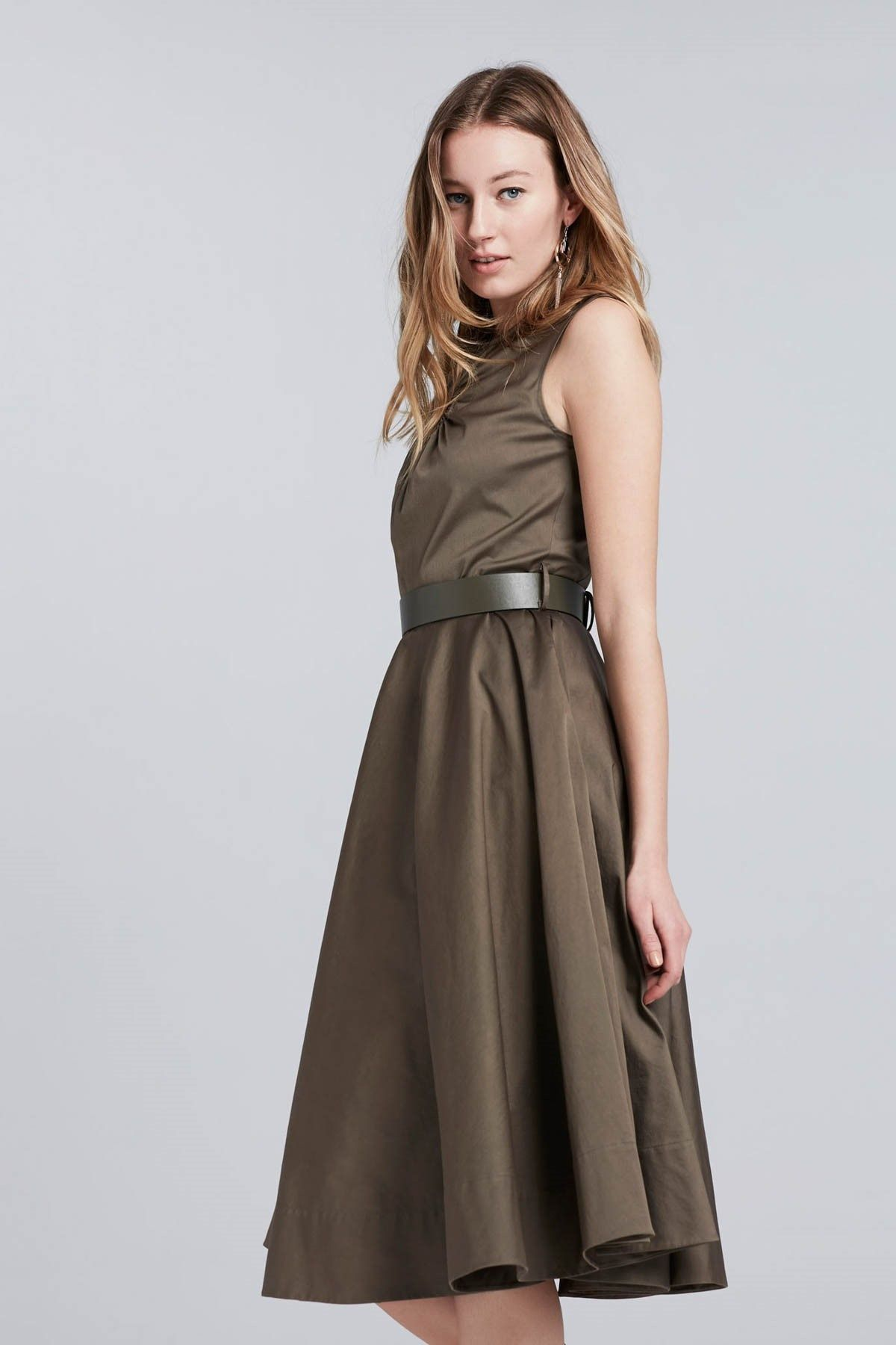 Kadin Haki Elbise Ipekyol Trendyol Elbise Giyim The Dress
