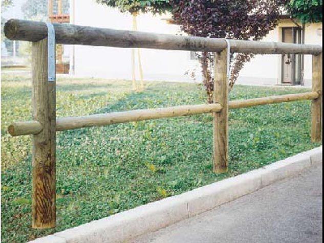 Recinzione corrimano a 1 traversa in legno di pino for Staccionata dwg