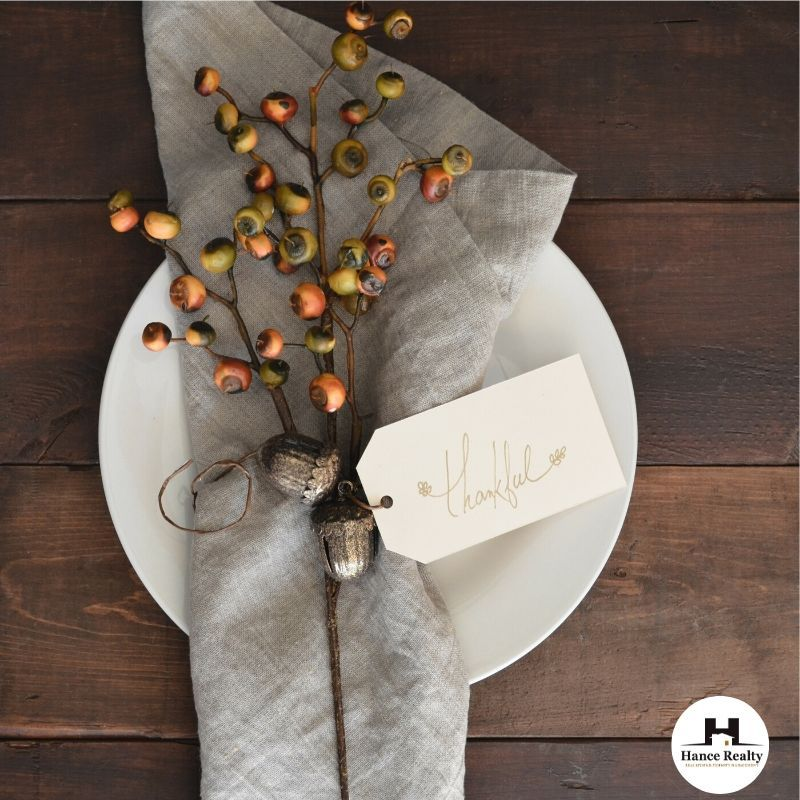 3 Simple Ways to Decorate with Sage https//hancerealty
