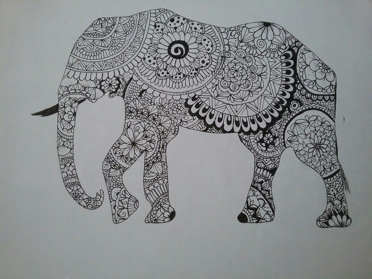 Zentangle Art en silueta de elefante