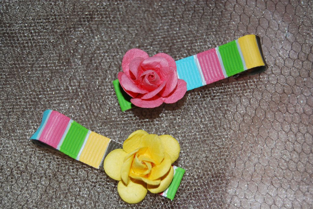 Set of 2 Paper Flower Clippies, Girly hair bow clips