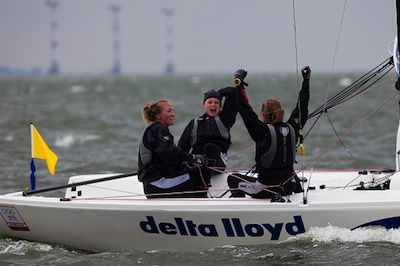 The Elliott 6m provided exciting sailing for athletes at Nations Cup. Large waves tested boat handling skills for the final day of racing. The women's event was won by Claire Leroy and team (FRA) who beat Rita Goncalves (POR )in three straight races. Pictured is Olivia Price (AUS) winning the bronze medal. Photo courtesy of Sail Sheboygan