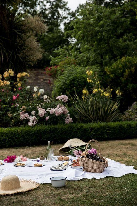 picknick ideen f r den besten sommerlichen genuss gartenparty sommerparty ideen pinterest. Black Bedroom Furniture Sets. Home Design Ideas
