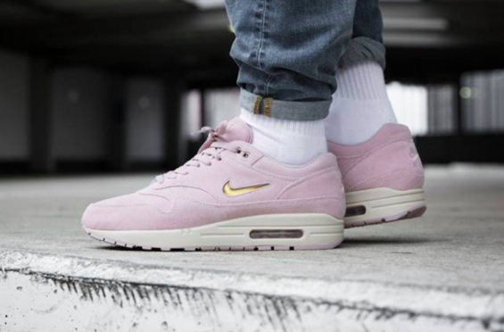 nike air max 1 premium jewel