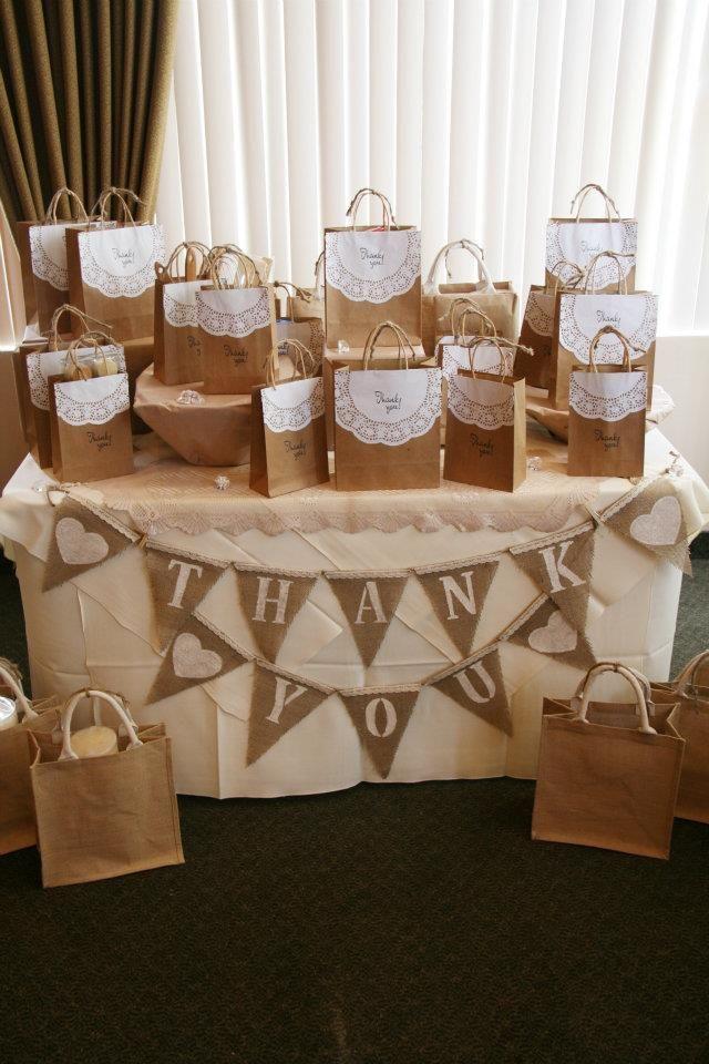 Inspirasi DIY 30 Idea Menarik Hiasan Door Gifts Untuk Pelbagai Majlis Dari Paper Bag