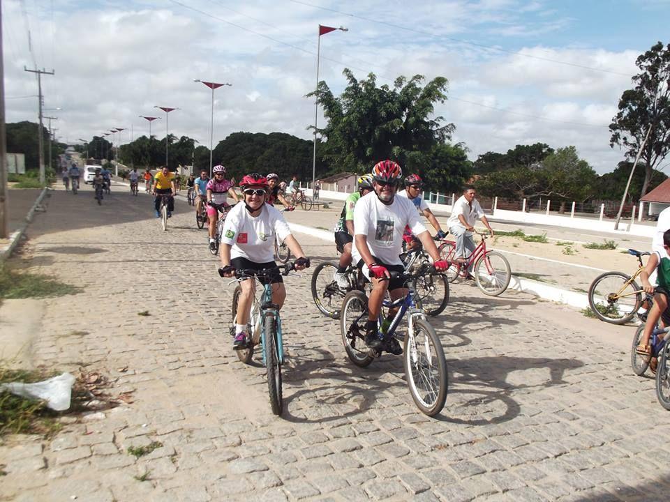Gilvan da Baixada: JAÇANÃ : Passeio ciclistico marcou o ultimo dia da...