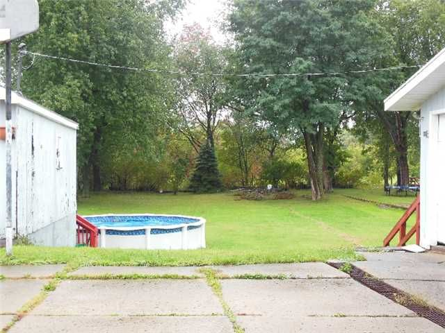 MJ Peterson Real Estate    4347 Clinton St WEST SENECA NY    A Renteru0027s  Dream!! Tons Of Living U0026 Storage Space In This West Seneca Rental.