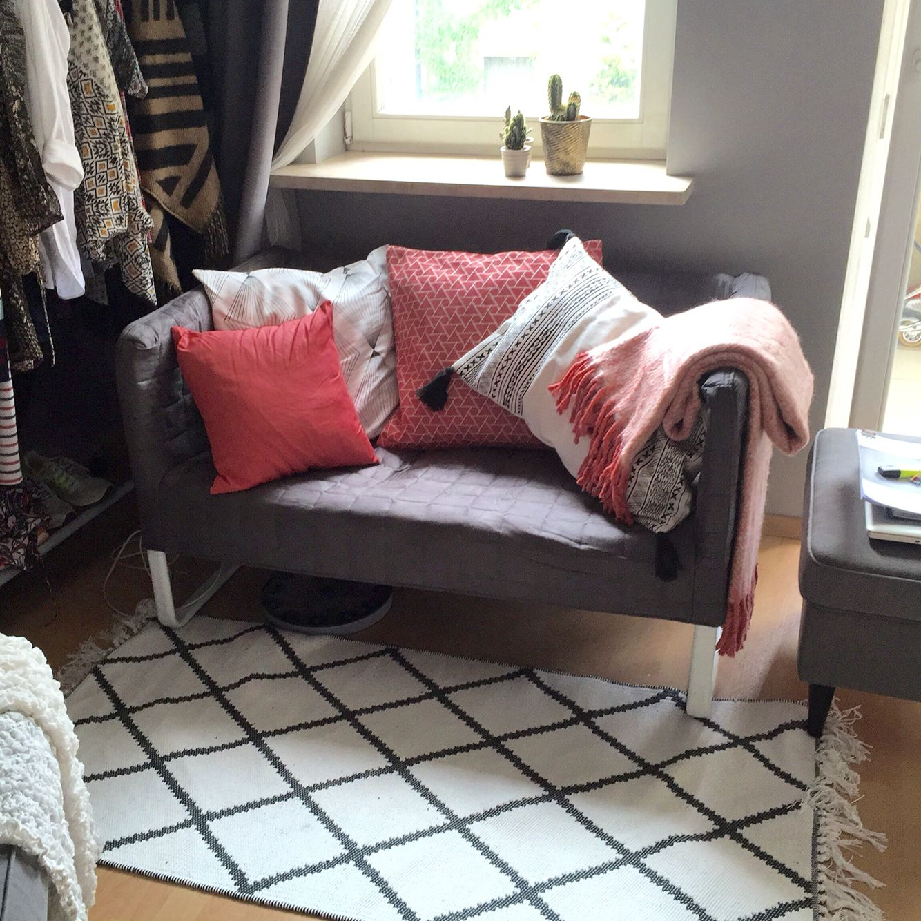 Ikea Knopparp Made Cosy With H Amp M Home Pillows And Rug