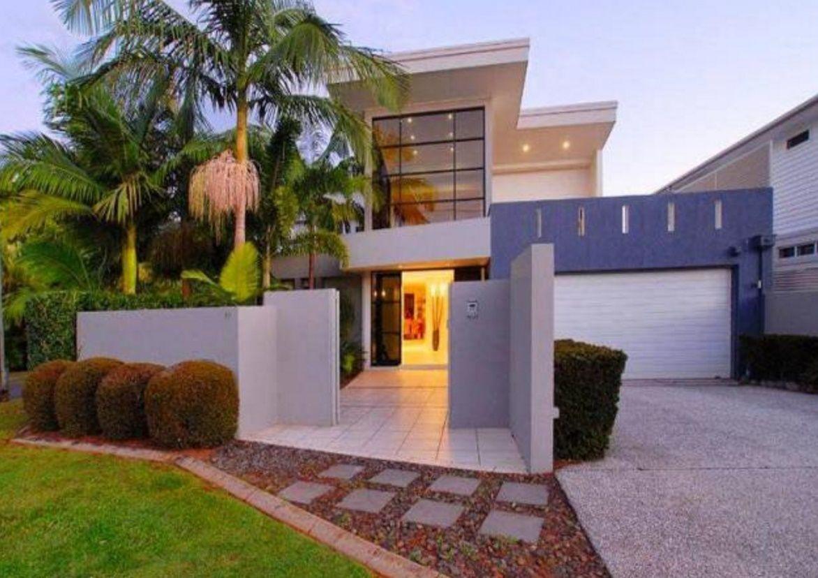 Jardines de casas modernas stunning jardin clasico with for Casa moderna jardines