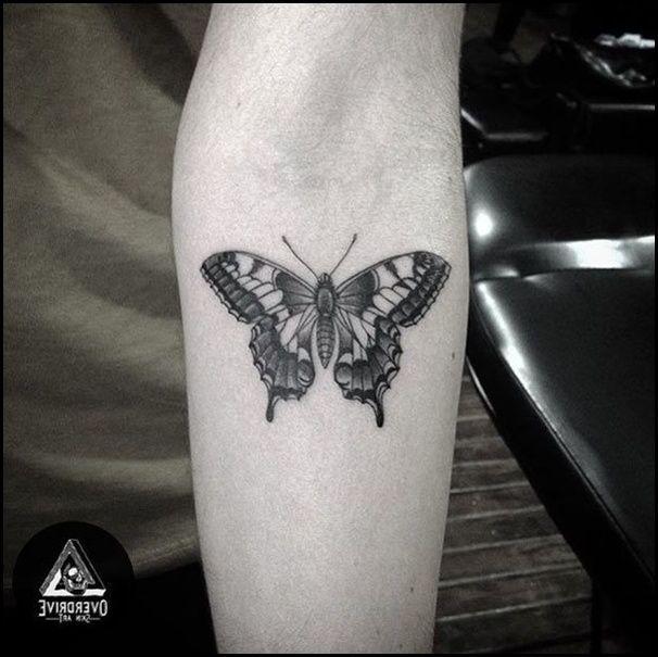 40 Atemberaubende Schmetterling Tattoo Designs Und Ideen Schmetterling Tattoo Tattoos Unterarm Tattoos Manner