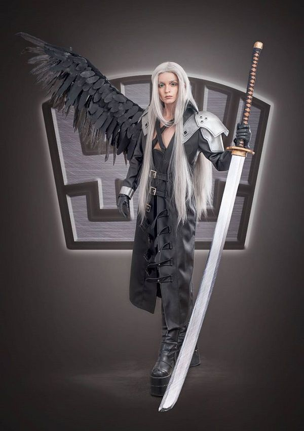 Gorgeous Sephiroth Cosplay From Final Fantasy Vii Anime