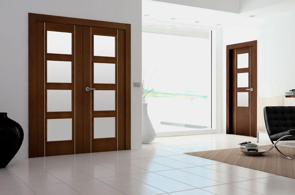 Puerta de interior de doble hoja moderna modelo moderna for Puertas de madera interiores modernas
