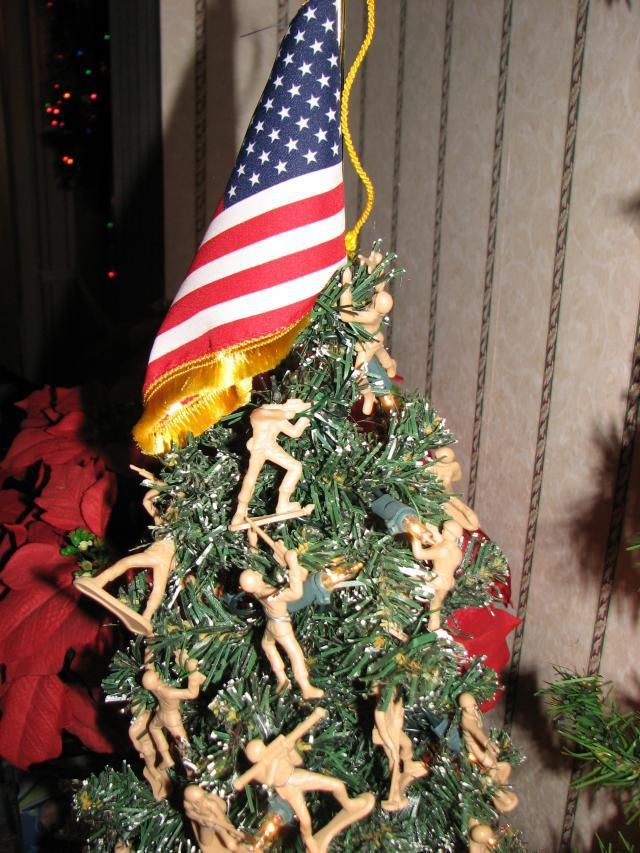 Army men Christmas tree! - Army Men Christmas Tree! Military Themed Ideas Pinterest
