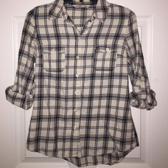 Flannel quarter sleeve button shirt. Flannel quarter sleeve button shirt. Gently used. Still has all buttons. Old Navy Tops Button Down Shirts