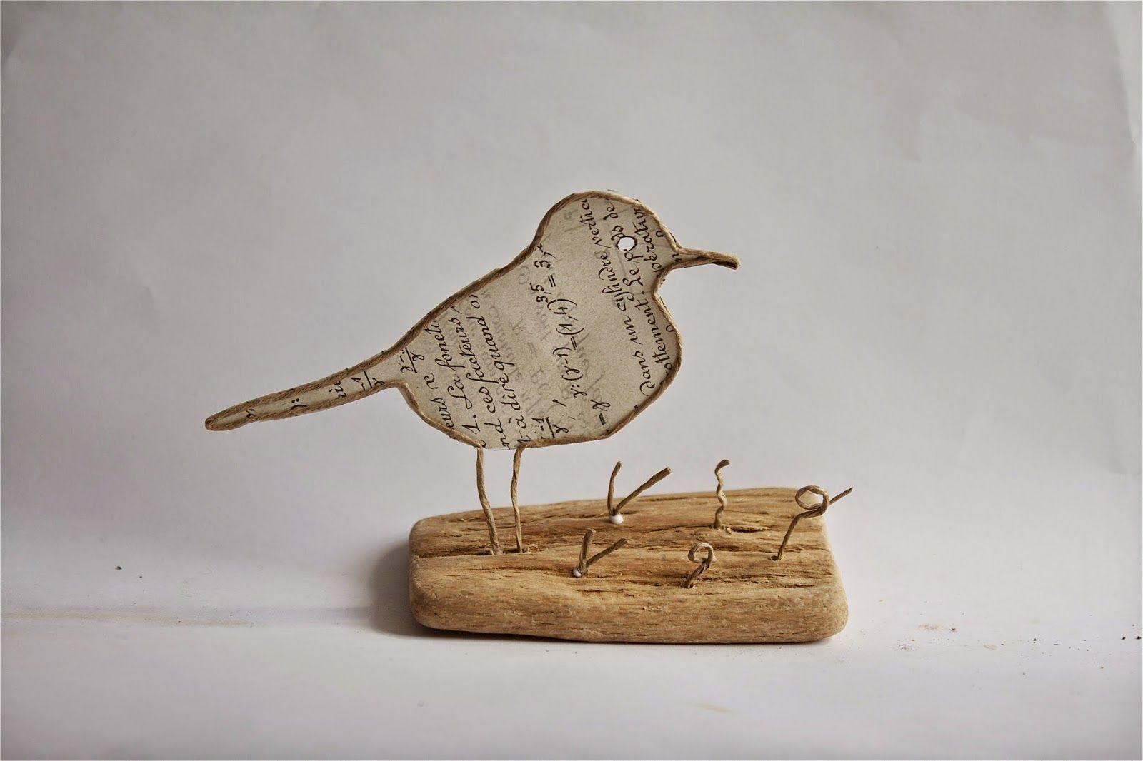 oiseau en d coupe de papier coll e sous du kraft arm. Black Bedroom Furniture Sets. Home Design Ideas