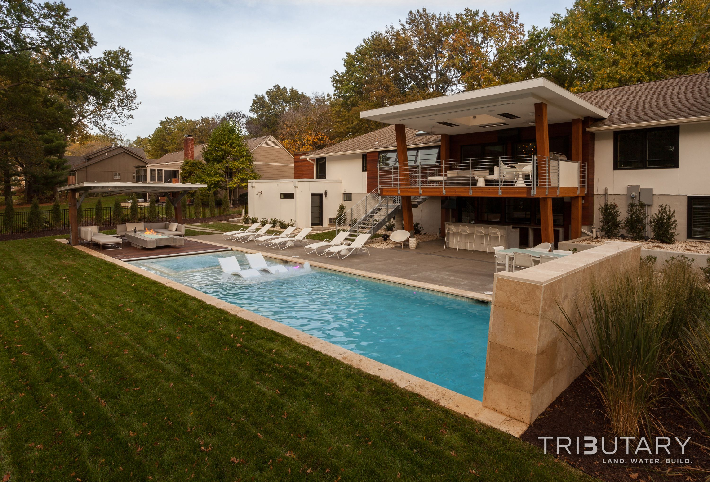 Geometric Mid Century Modern Pool Landscape Design Modern Pools Modern Villa Design