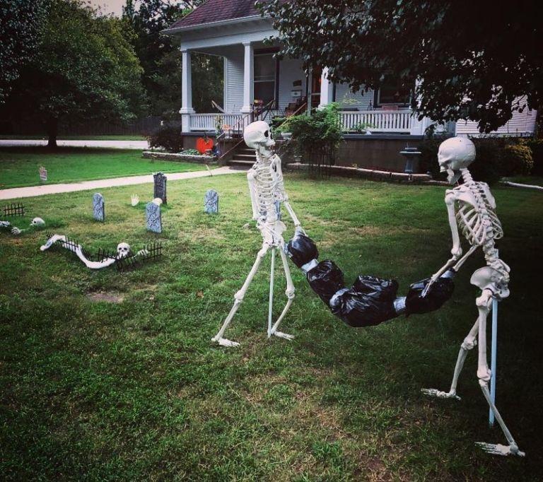 Halloween Skeleton Ideas 2020 30+ Skeleton Halloween Decoration Ideas for Outdoors in 2020