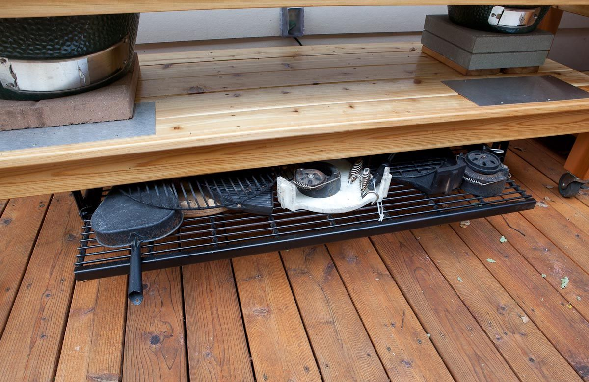 A sliding hot rack under the shelf, great idea. | Porch and Yard ...