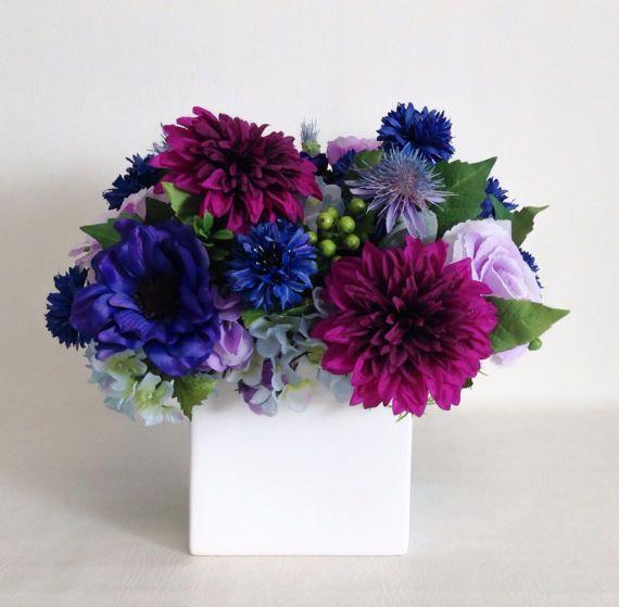 morado y azul arreglo de flores flores