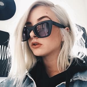 pinterest: breeze More Fashion, Maysiejean Maddie, Color Hair, Maddie 3, Bragg ️, Beautiful, Maddie Bragg, Accessories, Hair Makeup Girls Shit This color hair is goals.. So gorgeous . Need it.love it @maysiejean maddi bragg