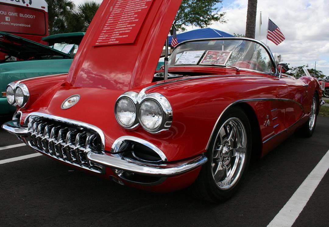 '60 Corvette RestoMod at Coral Springs Car Show FL