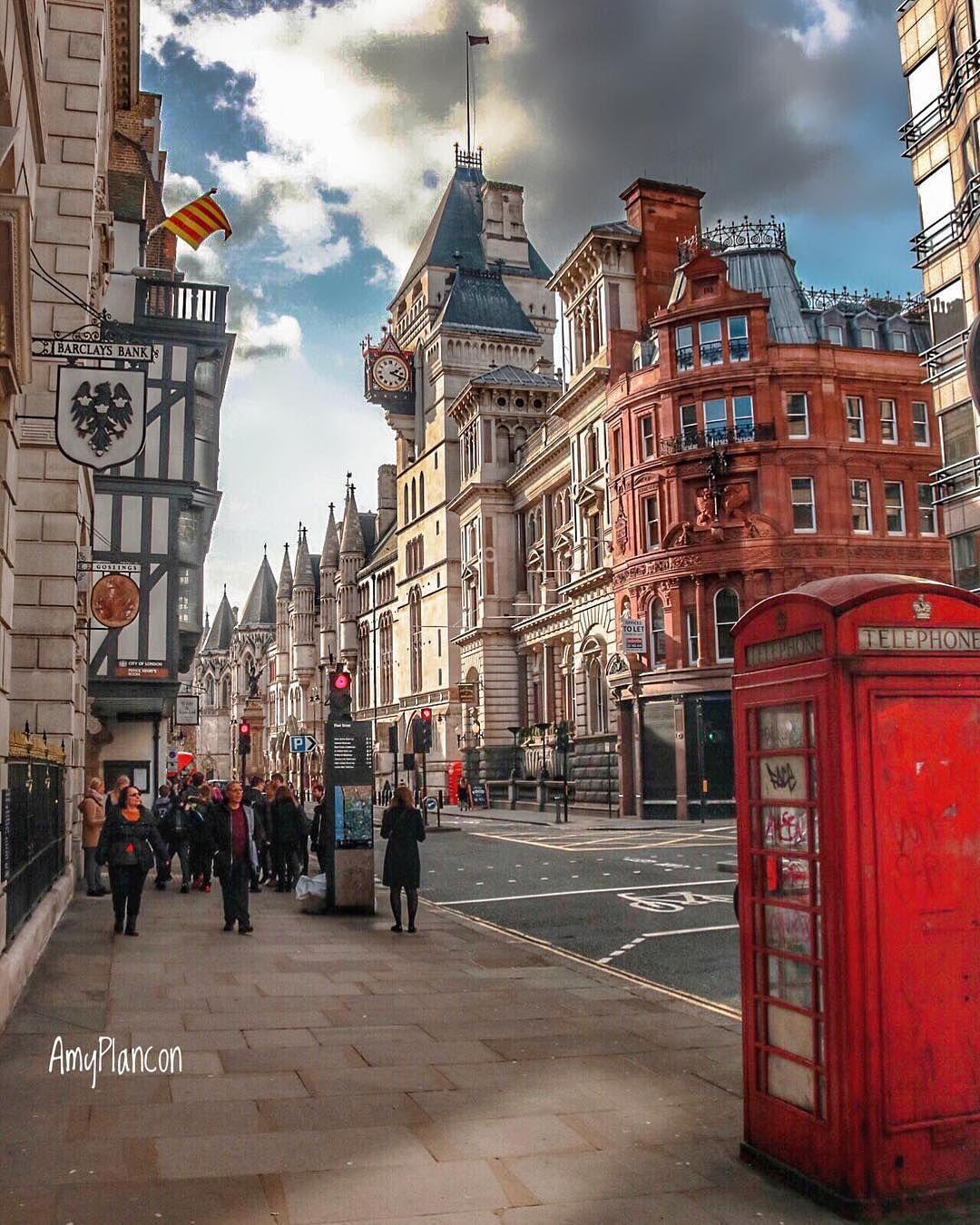 We Love England On Instagram Good Afternoon From Fleet Street London London Sightseeing Fleet Street London Photos