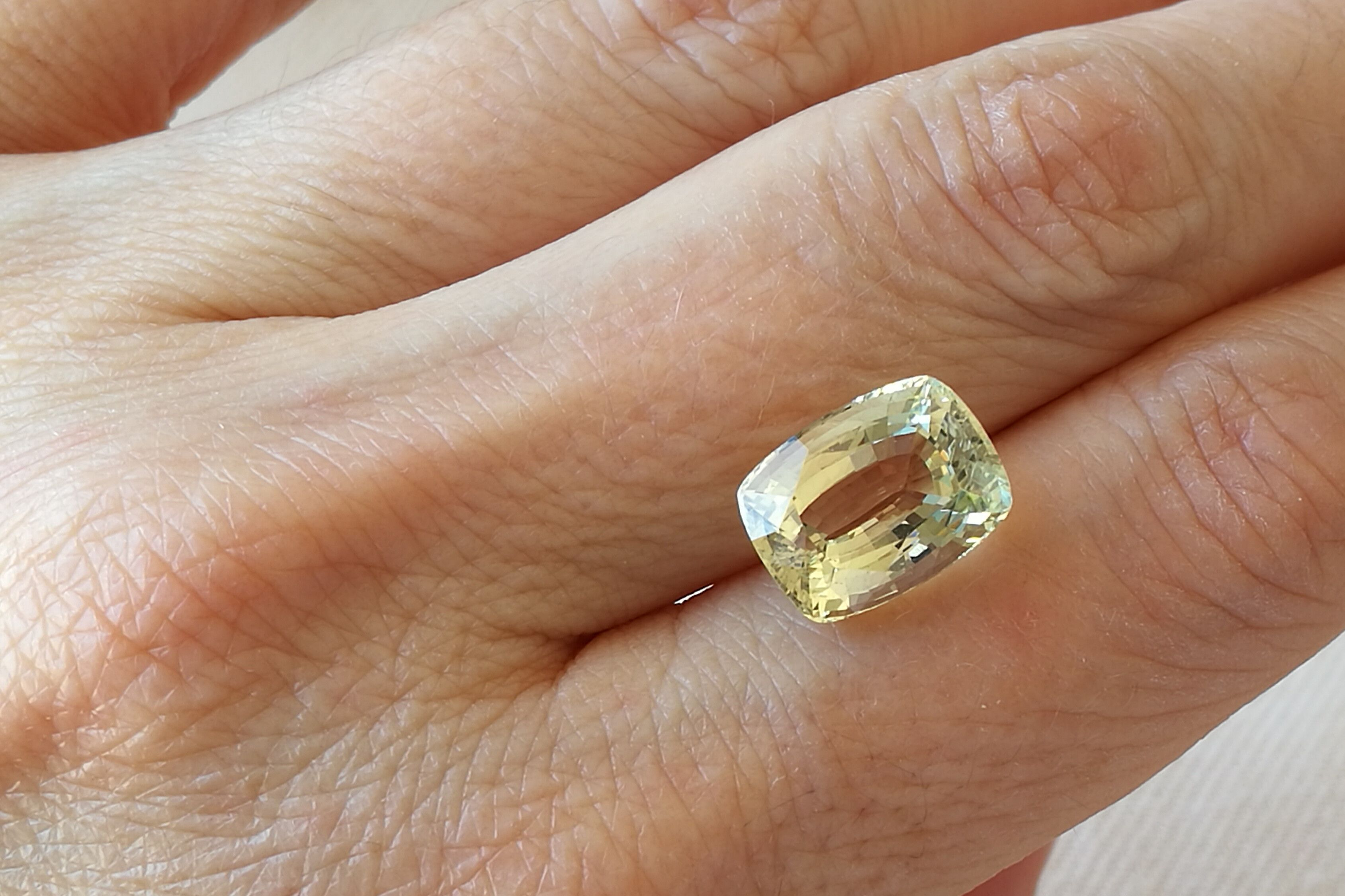 Untreated Light Yellow Heliodor Gemstone. Cushion Cut Beryl. 4.79 ...
