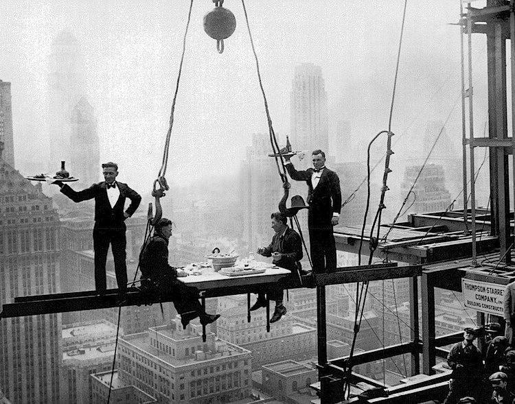 Charles Clyde Ebbets - GE Building, Rockefeller Center, 1932