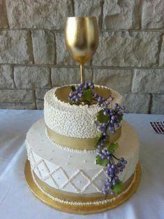 pasteles de primera comunion decorados con flores naturales