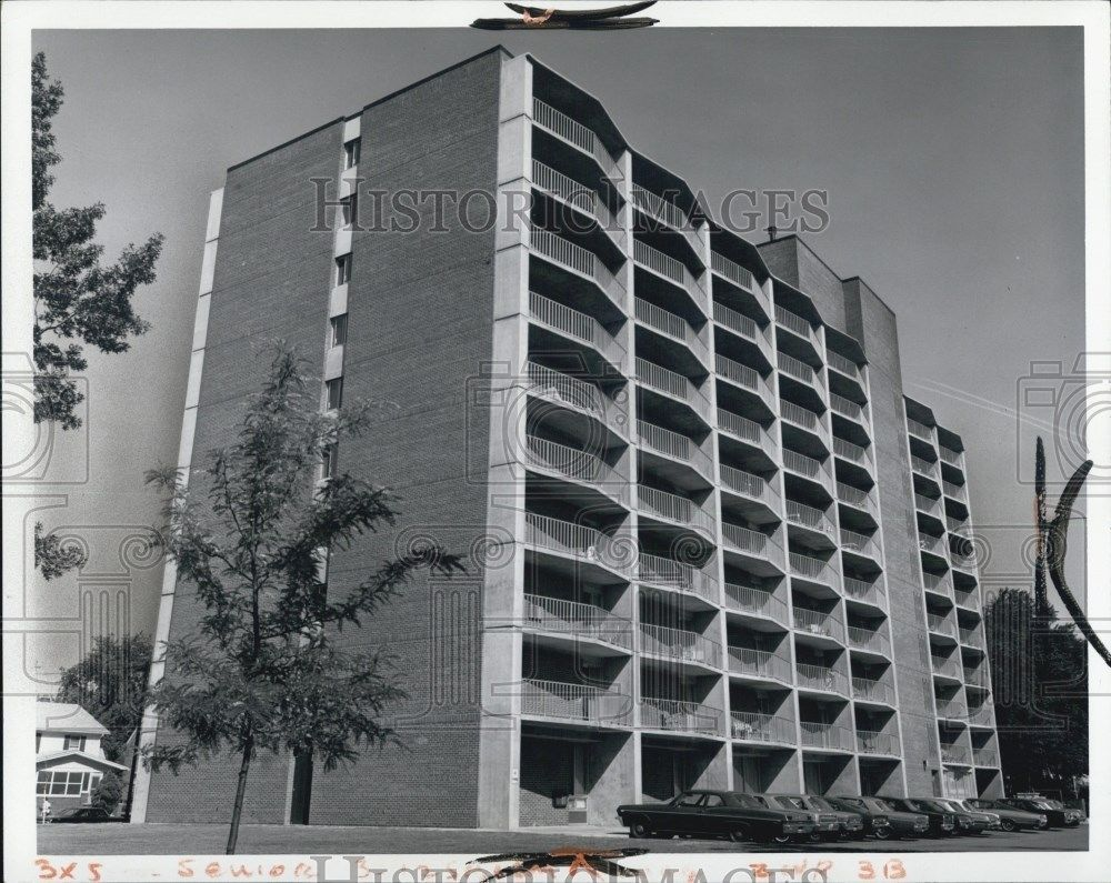 1971 Press Photo Retirement Apartment Condo Housing In Dearborn Michigan