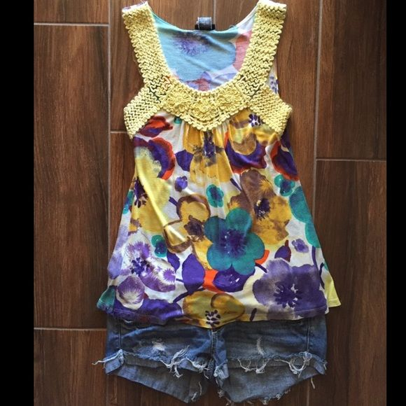 Vibrant floral tank Vibrant floral tank with lace and crochet detail perfect for summer!! In good condition, size small. Tops Tank Tops