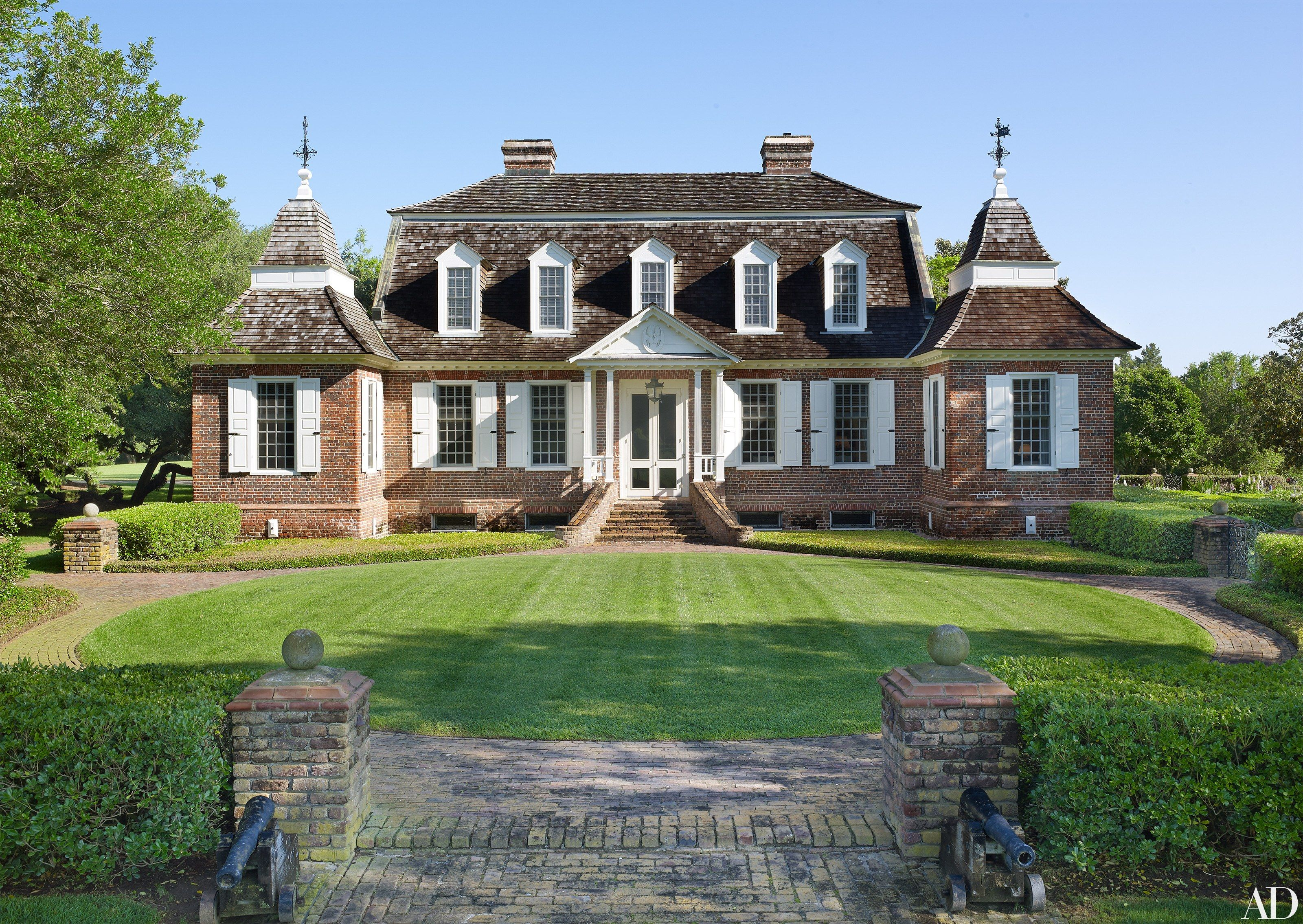 Hom Home go inside a historic south carolina plantation house turned family