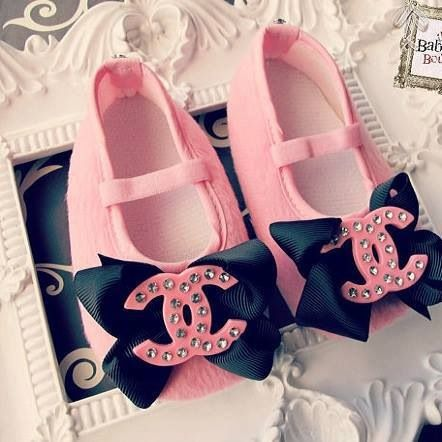 Cute baby girl shoes  043d82d04