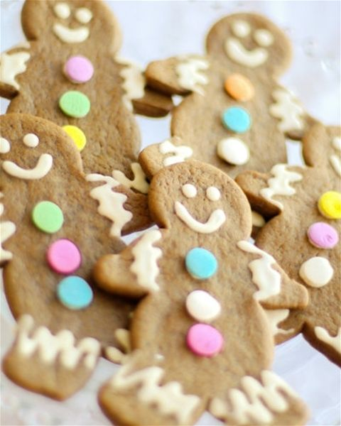 Muddy's adorable Gingerbread Men! You know you love biting the head off first.
