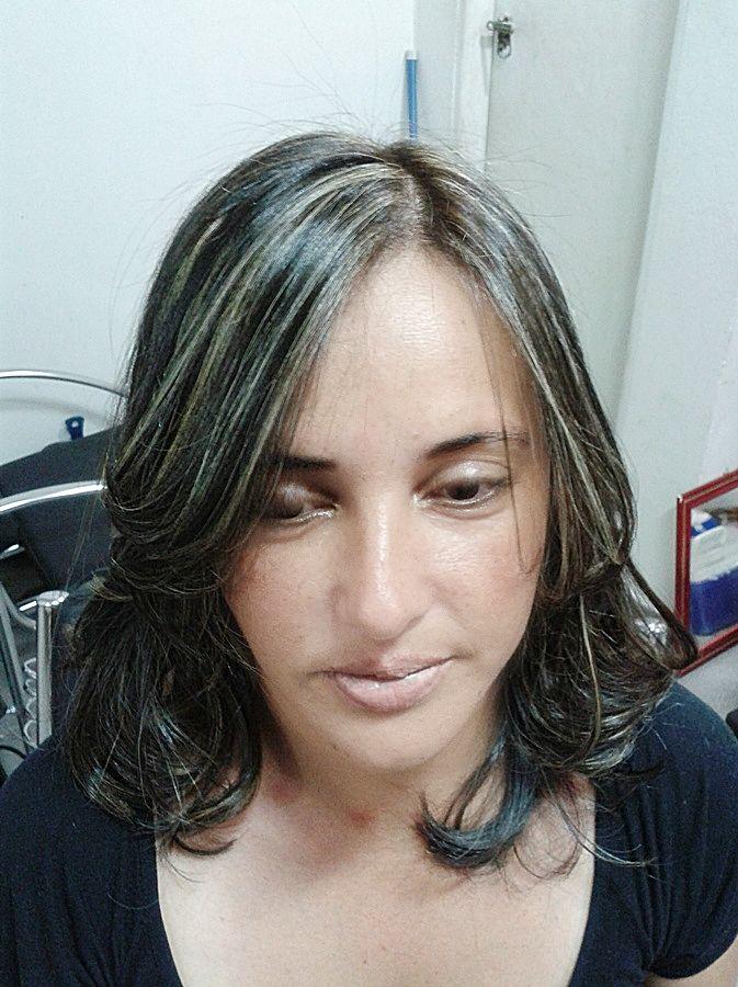 Mechas Platinadas Tinte Gris Face Y Female