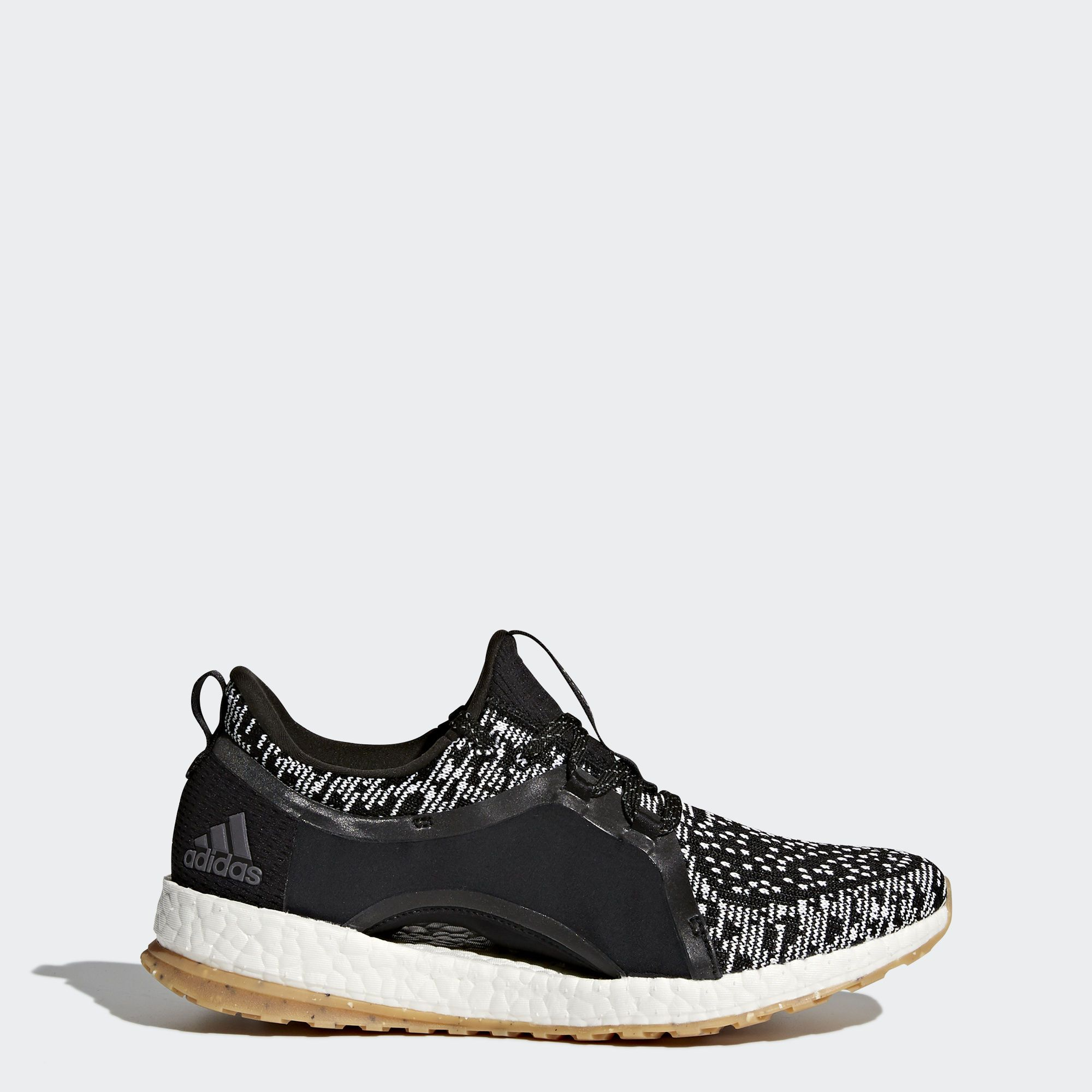 9710386a24c These running shoes combine an energy-returning midsole with an all-terrain  outsole for a light ride that knows no bounds. The shoes  women s-specific  ...