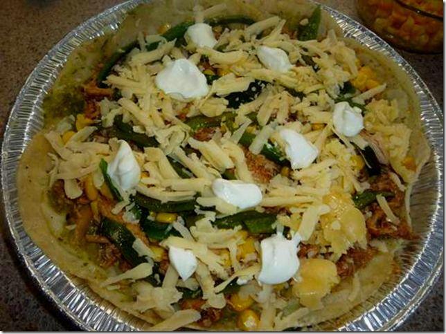 ¿Gusta Usted? Auténtica comida casera mexicana: Pastel Azteca Verde con salsa de Tomatillo.- Receta