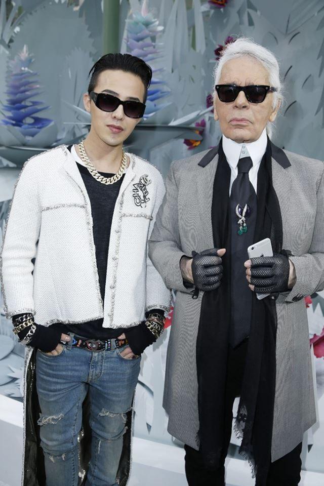 "27/01/15 G-Dragon con -Karl Lagerfeld- en el el ""Chanel S/S 2015 Men's  Fashion Show en Paris"". | G dragon fashion, G dragon, Fashion"