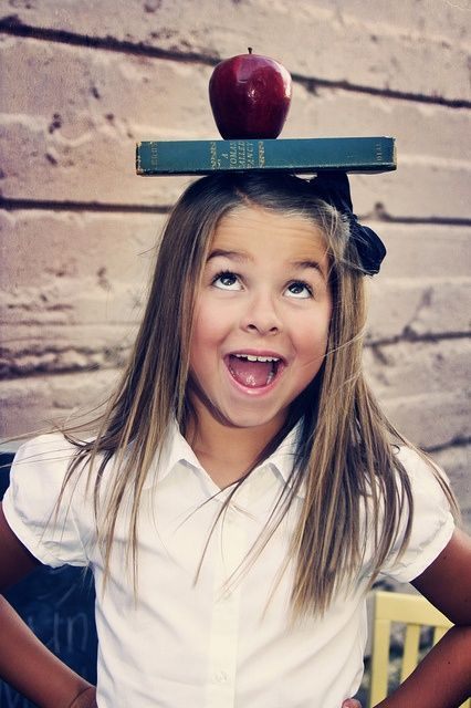 Feeling Inspired – Back To School Photos Have a while to wait for this moment but will do.Pinned idea for 1st Day of schoolHave a while to wait for this moment but will do.Pinned idea for 1st Day of school