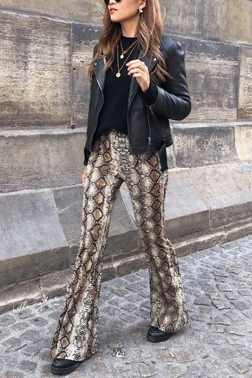 Take a walk on the wild side with these snake print flared pants! Featuring  a gorgeous beige-brown snake prin… | Printed flare pants, Flare pants,  Snake print pants