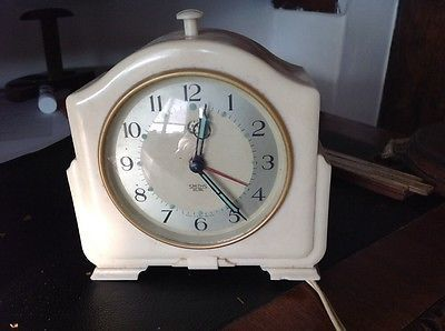 Smiths Autocal Ivory Bakelite Electric Alarm Clock | Tic Toc