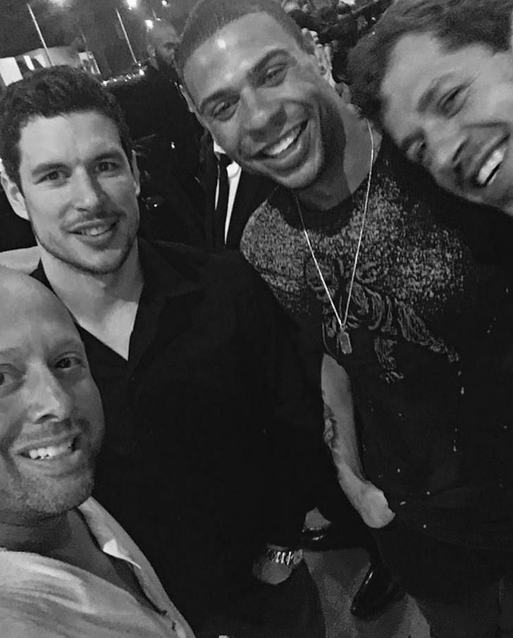 It was Ryan Reaves birthday past few days,why not go out with some teammates and party