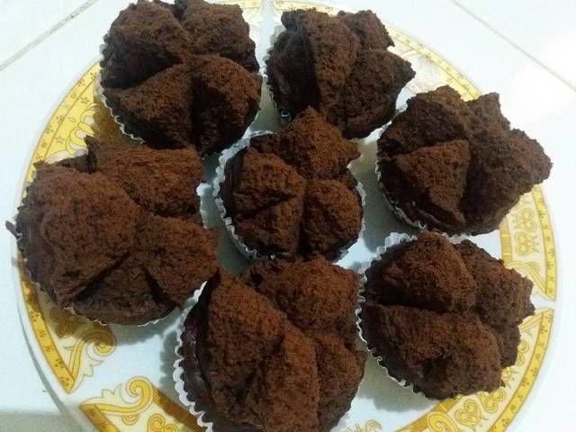 Bolu Kukus Coklat Bubuk By Narti Umma Atikah Binta Kapuadi Indonesian Desserts Steamed Cake Cake Recipes