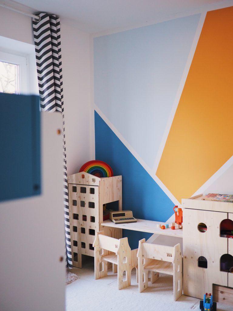 Wandgestaltung Im Kinderzimmer Eine Kunterbunte Kreative Ecke