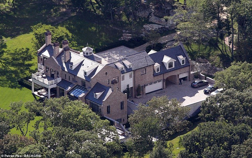 Tom Brady And Gisele Bundchen Put Their Boston Home On The Market