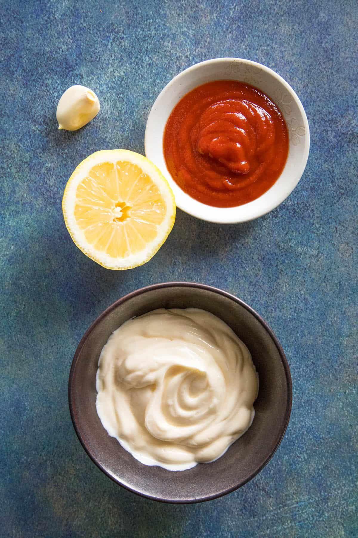 Creamy sriracha mayo recipe this homemade sriracha mayo